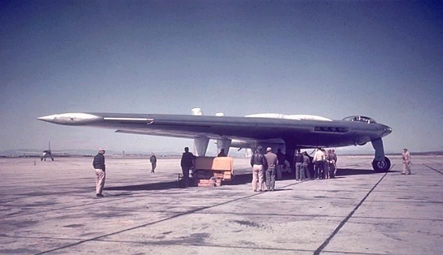 yb-49a-earlyramp.jpg